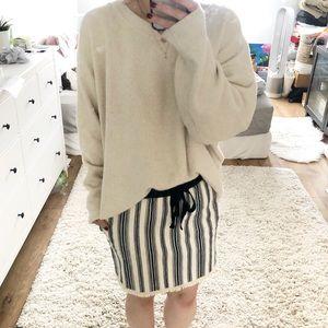 Dolan beach skirt